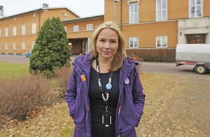 Liberalen Monica Lundin i Borlänge (bilden) tillhör kretsen som tar kampen mot nationalismen, något som  S-debattörerna uppskattar.  Foto: Erik Jerdén