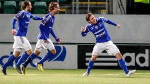 Daniel Sliper, längst till höger, i Sundsvalls tröja.
