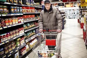 Olle Larsson, 80, Ljusdal– Nej, jag letar inte efter det. Jag köper sådant som jag vill ha och så blir det bra.