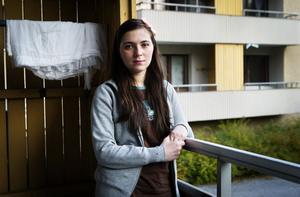 Imans högsta dröm är att få återuppta sina studier, att få ett jobb och sedan betala skatt i Sverige.