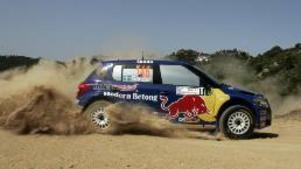 Patrik Sandell och Emil Axelsson har inget med toppstriden att göra när det blir målgång för SWRC-klassen under lördagen.  Foto: Red Bull.com