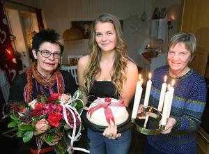 Gun-Lis Bergman, luciageneral, Ida Arnesson, lucia och Gunilla Hedin som håller i årets skönsång.