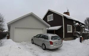 RIVS? Två domstolar har bestämt att garaget på Söder i Gävle måste rivas. Nu begär ägaren Ola Eriksson att Högsta domstolen ska riva upp domarna.