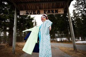 Sara Swedenmark har redan fått in några klänningar till utställningen i sommar.