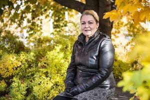 Anneli Zaki tycker att den svenska skolan har försämrats efter att den kommunaliserades.
