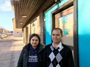 Kakali Das och Dulal Roy förbereder sig för fullt för att kunna öppna i början av mars.