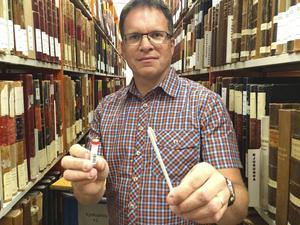 Peter Sjölund, ursprungligen Kramforsbo, har med sin kunskap om DNA-släktforskning bidragit till flera av programmen