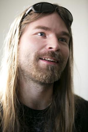 Pär Sundström, basist i Falubandet Sabaton, kommer själv på plats 50.
