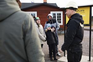 Anton, Mino, Stefan och Maria Sohlin från Vallsta tyckte att gruvbesöket var jätteroligt.
