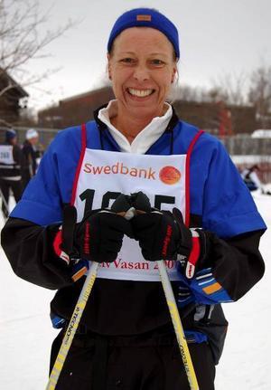Födelsedagsbarn. Christina Björlin från Falun, passade på att fira sin 44-års dag i skidspåret.