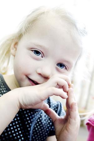 Målet är att Doris Evaldsson, Linus Hansson och deras kompisar ska bli goda läsare tack vare förskolans satsning på läsning.