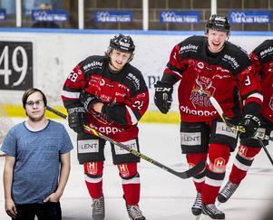 Emil Johansson och Emil Broed har båda blivit målskyttar i hockeyettan.