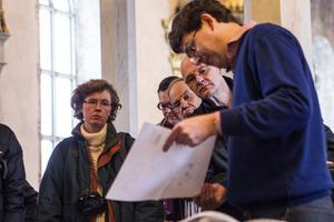 Byggnadsantikvarien Daniel Olsson berättade om kyrkans historia.