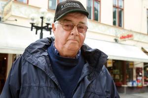 Bengt Pålsson, 68 år, pensionär, Lit.– Det tror jag inte. Jag är för gammal, det är dyrt och det är för mycket öl.
