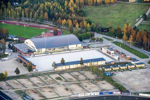 I våras gick planerna på att bygga en bandyhall på Sävstaås i stöpet...