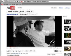 Klipp från Youtube där Lena Nyman och Bertil Wikström sitter i en bil utanför besökshotellet i Ulriksfors och diskuterar fångvården. Ur filmen Nyfiken Blå, från 1968. (Se filmen längst ner i artikeln).