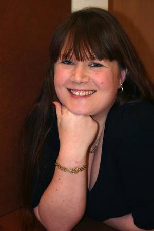 Annelee Larsson, från Ede och S - ordförande i Hassela.