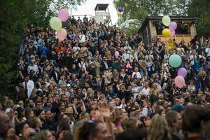När Peter Schröder planerade en ny festiva byttes Änghols folkpark i Gagnef ut mot  Hellasgården i Nacka, utanför Stockholm. Bilden är från gagnef-festivalen. Fotograf: Per Bifrost