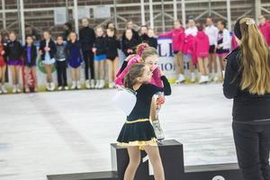 Ettan Emma Ring och tvåan Wilma Faller i minior C 1.