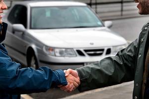 Försäljningen av begagnade bilar har minskat i Västmanland.
