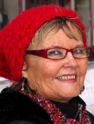 Tina  Ingridsdotter, 58 år, Östersund:– Jajamän, två gånger i veckan. Det är mest  röding, det är så gott. Jag har fiskat sedan jag var liten, sedan jag var 5 år.
