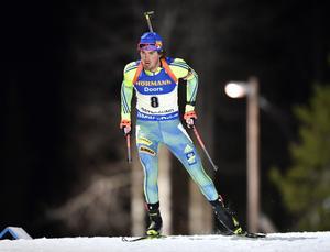 Fredrik Lindström inledde den individuella världscupsäsongen med en topplacering.