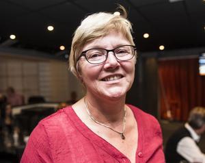 Landstingspolitiker Ewa Back (S) är glad över att S ökat.
