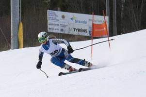 Linnéa Eriksson vann damklassen D15–16 på tiden 1:23,87, 47 hundradelar före tvåan Sanna Strandberg från Sundsvalls SLK.