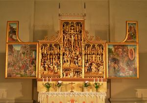 Altarskåpet i By kyrka. Foto: Lars Östlund