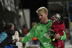 Hampus Nilsson efter sista matchen mot Gefle IF, som också blev hans sista match i ÖFK-tröjan.