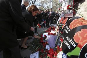 Sykes-Picot-avtalet lade grunden till hur det moderna Mellanösterns gränser ser ut, konstaterar artikelförfattaren. Bilden är från den 17 maj i år då en självmordsbombare dödade 37 personer i turkiska Ankara.