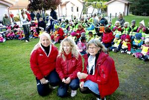 Långtida trio. Genom åren har arbetet med barnen på förskolan Stöttestenen förändrats. Det vet Maria Öhrwall, Mia Larsson och Yvonne Andersson, som alla tre varit där i tjugo år.