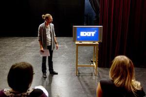 Viktor Eriksson på Idka. Presenterade häromdagen filmfestivalens program.