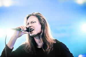 Sångaren Göran Nyström från Skuld.