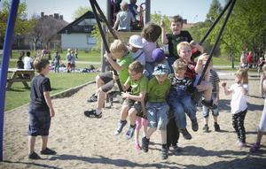 Lek och stoj var det gått om på Långnäs där omkring 400 barn firade Fritidshemmens dag.