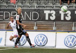 Lagkapten Lisa Lantz, bördig från Delsbo, var en av flera spelare som protesterade när klubben sparkade tränartrojkan.