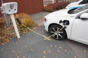 Elbilens stora genombrott dröjer. Det kommer inte under 2014, batterierna måste bli billigare och laddningen smidigare.Foto: Fredrik Sandberg/TT