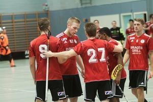 Per-Ols herrar vann mot Hallsta med 9-6.