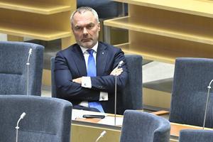 Jan Björklund vill ha ordningsbetyg.