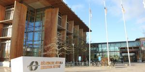 En forskargrupp på Mälardalens högskola får tre miljoner för forskning om förnybar energi.