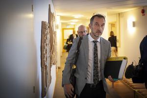 Åklagare Peter Jonsson skötte utfrågningen av Peabmannen.