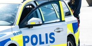Kriminalinspektör Håkan Melin vid Norrtäljepolisen är fåordig om  brottsutredningen i nuläget. Foto: TT