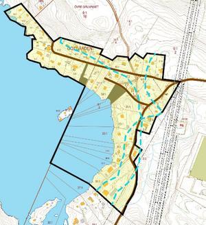 Planområdets yta. Den blå streckade linjen visar 100 meter strandskydd som berörs av planerna. Karta: Falu kommun