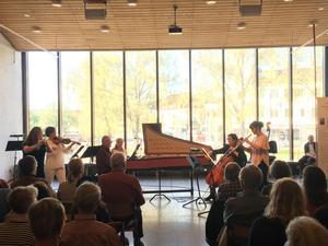 Omkring 60 personer lyssnade på konserten på Dalarnas Museum. Foto: Linda Hellstrand