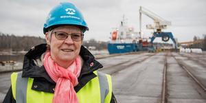Elizabeth, Salomonsson (S) svarar på frågor från Skillingeudds Intresseförening och Jägaråsens Egnahemsförening rörande muddermassor i samband med bland annat muddringen av Köpings hamn.