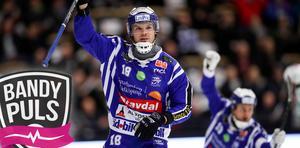 Joakim Andersson kan vara med och skjuta Villa till semifinal i kväll. Bild: Adam Ihse / TT