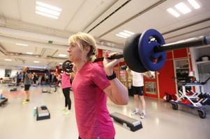 Annelie Hoff tränar på Friskis & Svettis i Falun: