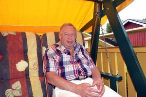 Nu får Kenneth Westberg mer tid för läsning och för umgänge med familjen.