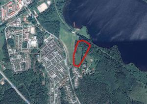 Markområdet vid Christinelund som det är tänkt att byggas på. Nu har detaljplanen överklagats till mark- och miljödomstolen. Karta: Google