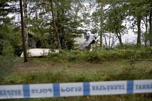 Fallet var omskrivet 2008. Här en av TT:s bilder på polisavspärrningarna vid sjön i Loftahammar där Agneta hittades. Bild: Stefan Jerrevång